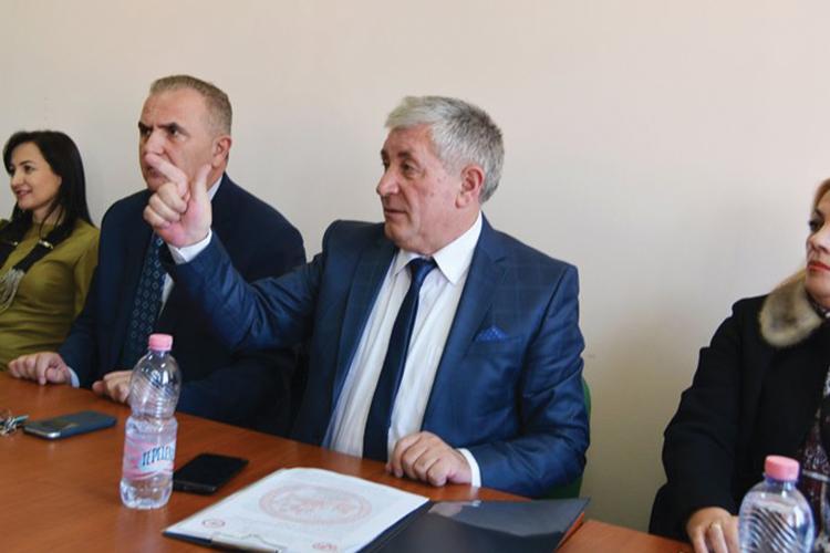 """Përmbledhje e fjalimit të Sekretarit te pergjithshem të FSPISH-s Z. Taf Koleci, në Takimin e Lëvizjes Punëtore të Ballkanit """" Dialogu social ndërmjet sindikatave"""", që u mbajt në Izmir, Turqi"""