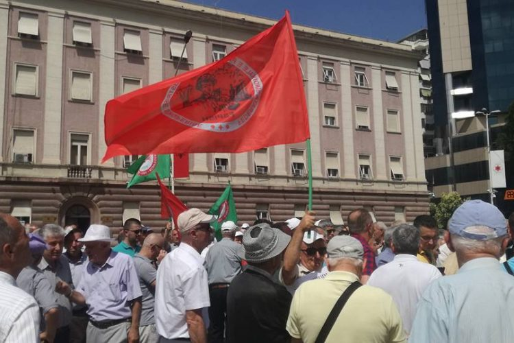 THE PROTEST FOR MINERS STATUS IN FRONT OF THE PRIME MINISTRY    DT:06.06.2018